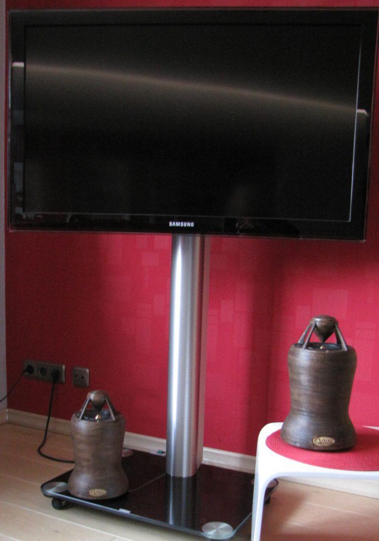 Omnidirektionale Lautsprecher perfekt zur Verwendung am Fernsehgerät
