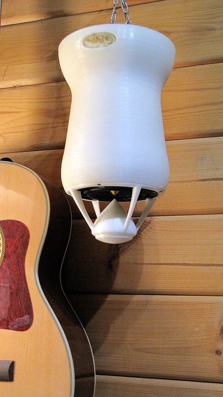 verkehrt rum abgehängter OMni Lautsprecher von QWelle